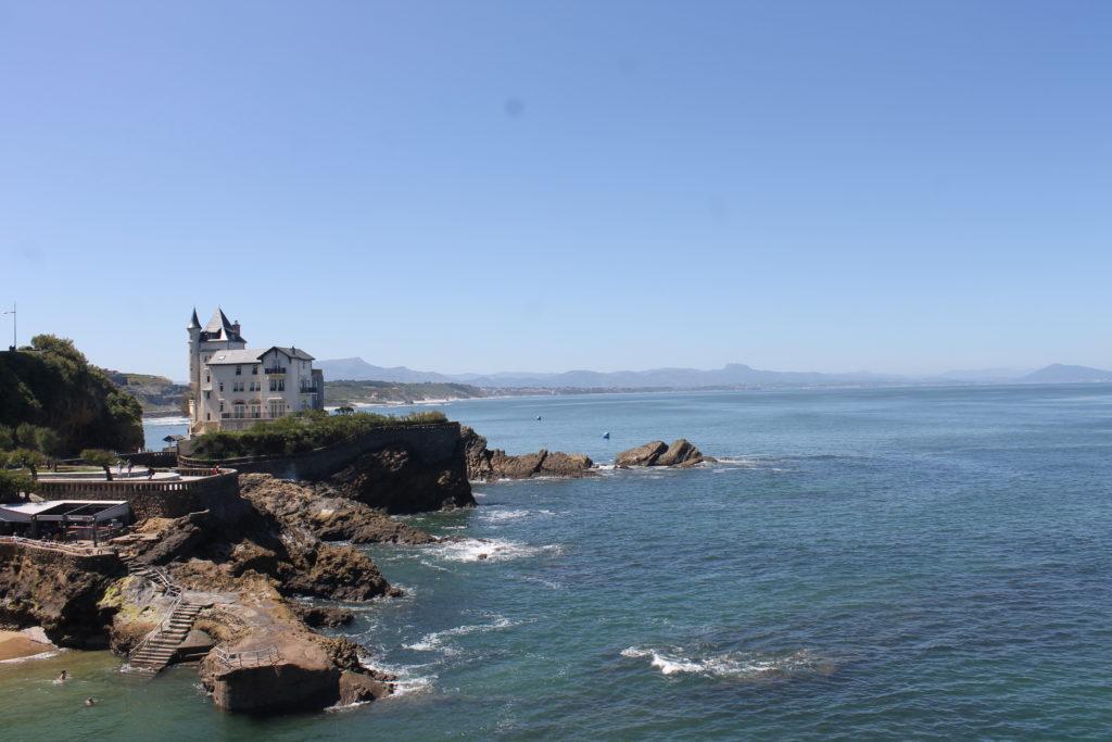 Biarritz - Vue sur les Pyrénées